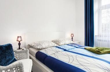 1 apartamenty echodom billig unterkunft in krak w krakau. Black Bedroom Furniture Sets. Home Design Ideas